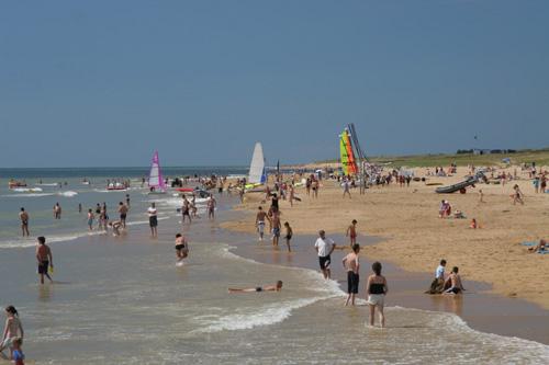 La plage de St Jean de Mont en Vendée
