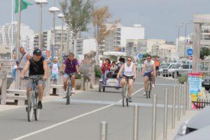 piste cyclable sur le remblai de Saint Jean de Monts