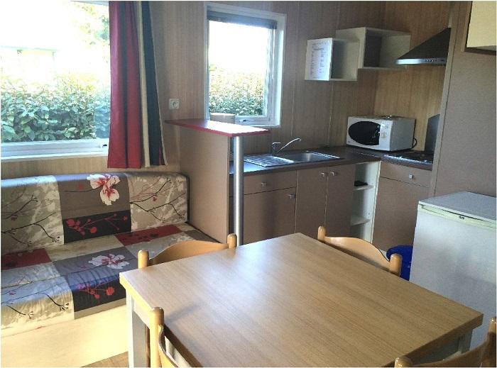 Mobil-home spacieux et de qualité au camping en Vendée