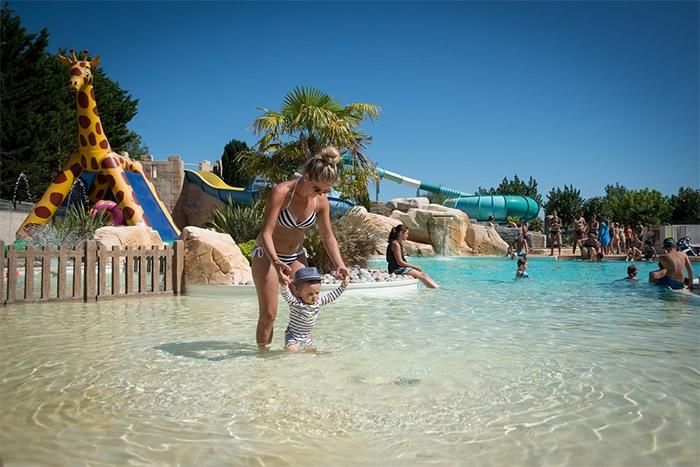 la piscine du camping proche de l'Ile d'Yeu