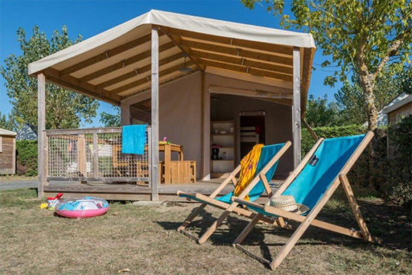 Mobil-home piscine couverte
