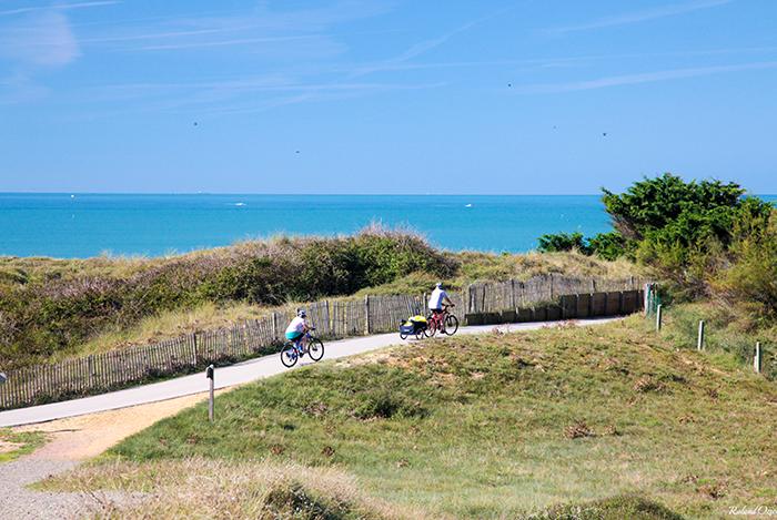 pistes cyclables au bord de mer
