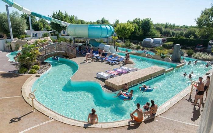 piscine et toboggan vacances à Saint Jean de Monts