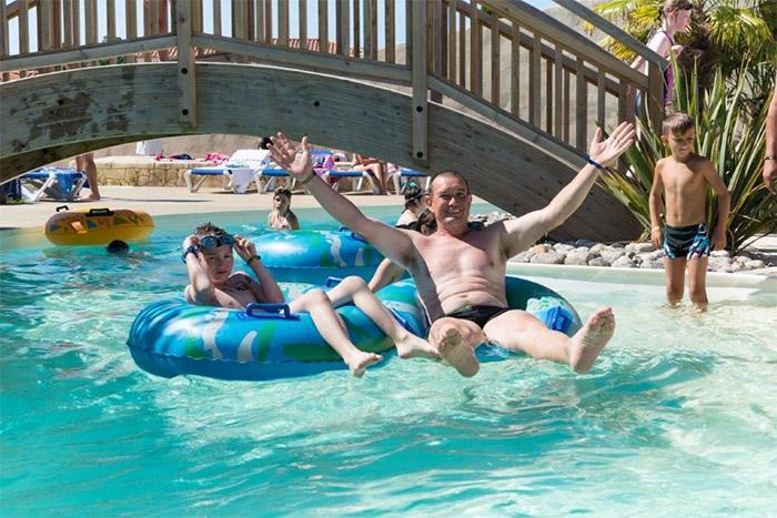 la piscine de l'hébergement haut de gamme en Vendée